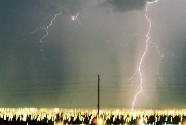042409_lightning