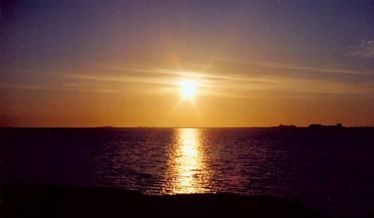 Untethered Realms: Polar Day, the Summer Solstice, and a ... |Midnight Sun Alaska