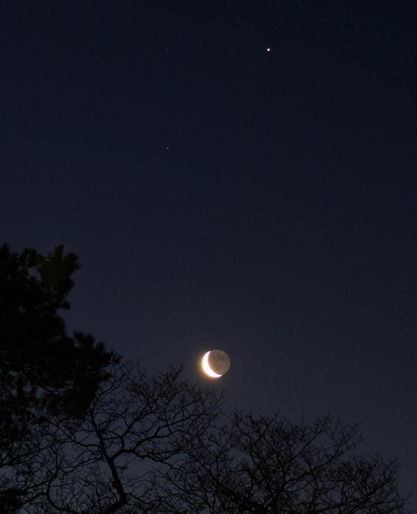 Earthshine2 copy