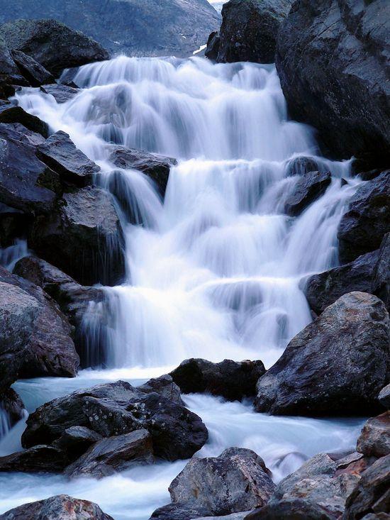 Stoneglacierwaterfall