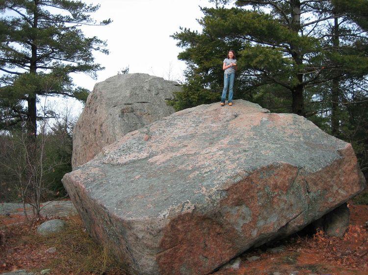 Agassiz_boulders copy
