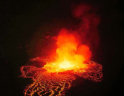Lava_lake_night