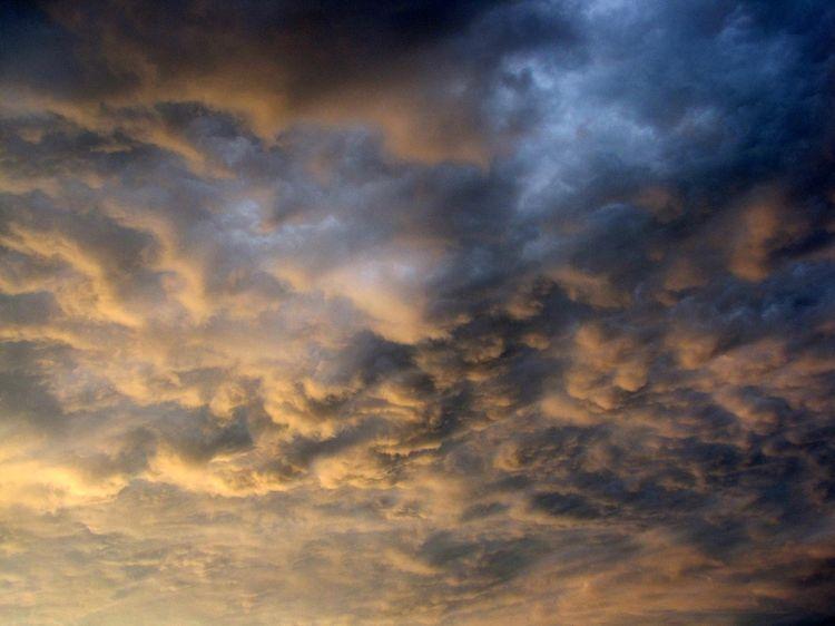 082809_stormy