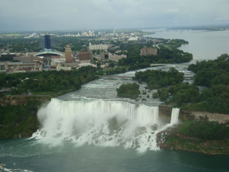 20090926 – Saturday - American Falls and Bridal Veils Falls on the Niagara River
